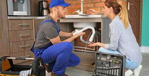 plumber explaining photo