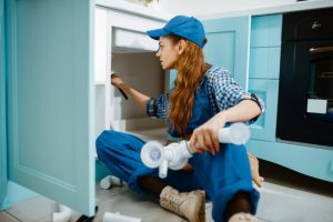 p trap installation women plumber photo